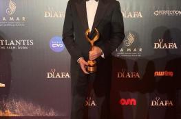 """تكريم نجم قيامة ارطغرل """"إنجين التان دوزياتان"""" كأفضل ممثل في العالم"""