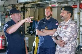 تمرين عسكري مشترك بين البحرية القطرية والبريطانية