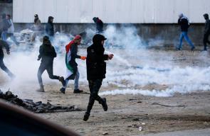 مواجهات مع قوات الاحتلال على المدخل الشمالي لمدينة البيرة رفضًا لصفقة القرن