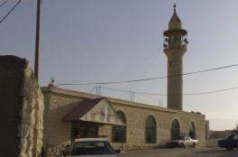 الاحتلال يعتقل مواطنا ويهدد بمصادرة مكبرات الصوت بمسجد في يطا