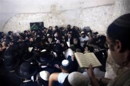 """مستوطنون يقتحمون محيط """"قبر يوسف"""" شرق نابلس"""