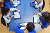 الصحة العالمية: يجب ألا يقضي الأطفال أكثر من ساعة يوميا أمام الشاشات