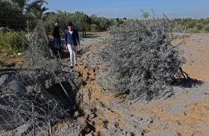 آثار القصف الاسرائيلي لأراضٍ زراعية شرق غزة