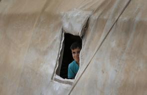 معاناة السوريين في مخيم للنازحين من الحرب بمنطقة الباب