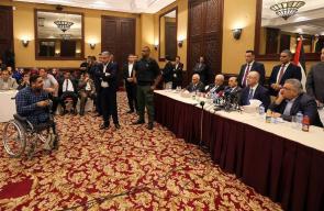 رئيس حكومة الوفاق الوطني رامي الحمدالله خلال لقائه بعشرات الشباب من قطاع غزة