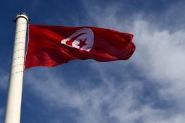 الحكومة التونسية تتبرع بنصف راتب أبريل