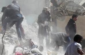شهداء وجرحى جراء غارات جوية على مدينة إدلب