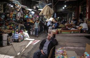 أسواق غزة خالية من المشترين بفعل تدهور الأوضاع الاقتصادية