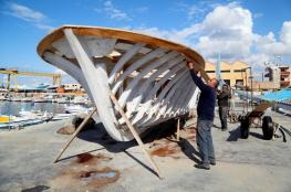 صانع الزوارق الخشبية الأخير في لبنان يُقاوم للحفاظ على إرث العائلة والبلاد