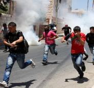 الاحتلال-يهاجم-مدرسة-في-الخليل-ويطلق-الغاز-السام-المسيل-للدموع