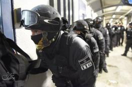 الاحتلال يعلن حالة التأهب القصوى في السجون استعدادا لإضراب الأسرى