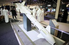 الإمارات تعقد صفقات بـ1.2 مليار دولار في أول يوم لافتتاح معرض الدفاع الدولي