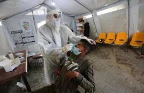 الطواقم الطبية في خانيونس تواصل عملها في سحب عينات من المواطنين الفلسطينيين