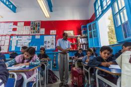 وزير التعليم التونسي يقرر هذا الإجراء للتلاميذ الذين يحضرون هواتفهم للمدرسة