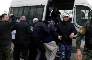 فلسطينيون يرشقون وفداً أمريكياً بالبيض والأحذية في رام الله