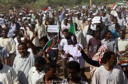 """23 حزبا سودانيا يطالبون بتشكيل """"مجلس سيادة انتقالي"""" لتولي تسيير شؤون البلاد"""
