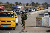الاحتلال يدرس تطوير الحواجز في الضفة بأموال فلسطينية