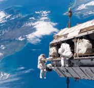 STS-116_spacewalk_1-1024x675-1024x675