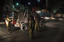 قوات الاحتلال تعتقل 3 مواطنين في الضفة الغربية