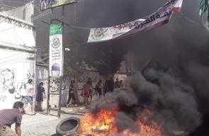 اللاجئون الفلسطينيون يواصلون الاحتجاجات رفضًا لقرار وزارة العمل العنصرية