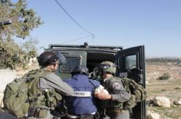 لجنة فلسطينية تطالب بالإفراج عن 25 صحفياً من سجون الاحتلال