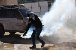 إصابات بالاختناق بعد قمع الاحتلال مسيرة في دير جرير