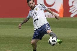 ميسي يرفض الاعتزال الدولي قبل التتويج بكأس العالم