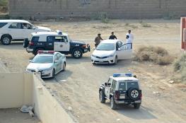 استعانوا بجرافة.. الشرطة السعودية تقبض على سارقي ماكينة صراف آلي