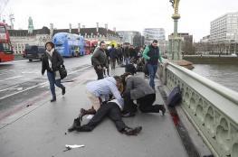 إصابة 12 شخصاً في هجوم أمام البرلمان البريطاني والشرطة تقتل المنفذ