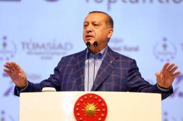 """أردوغان يلوح بعملية عسكرية ضد """"الإرهابيين"""" خارج تركيا"""