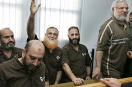 ارتفاع أعداد النواب المختطفين بسجون الاحتلال لـ 12 نائبًا