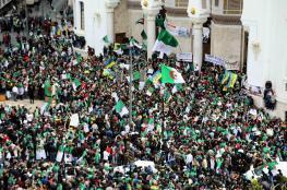أول الغيث ثورة.. لماذا لا يكتمل نجاح الثورات؟