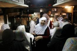 """أهالي أسرى غزة يتوجهون لزيارة أبنائهم في سجن """"رامون"""""""