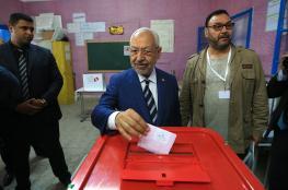 """حزب """"النهضة"""" يتقدّم على """"نداء تونس"""" ويحتفل بالفوز"""