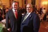 وزير الخارجية البحريني يلتقي شقيقه الصهيوني في واشنطن