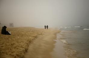 موجة ضباب في غزة  تصوير: MOHAMMED ABED