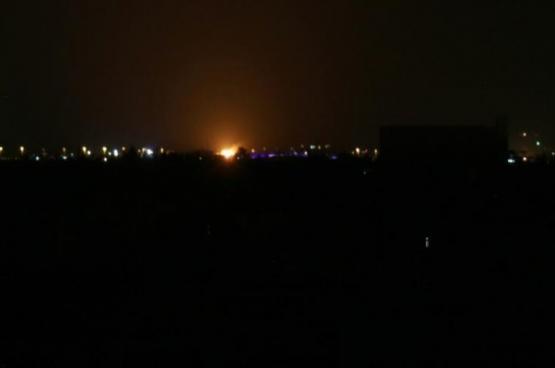 إسرائيل تقصف مستودع سلاح بمطار قرب دمشق