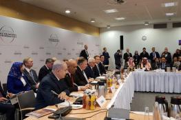 """نتنياهو في """"وارسو"""" مع مسؤولين عرب.. ابتسامة ولقاء سبقه عشاء"""