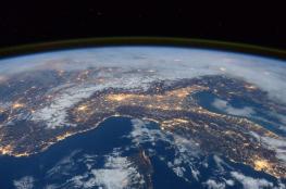 عالم بريطاني يحذر: الكرة الأرضية قد تنكمش.. متى؟