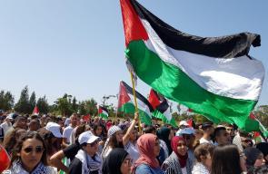 عشرات الآلاف يتظاهرون بالداخل المحتل بذكرى النكبة