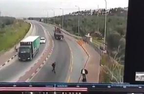 #فيديو عملية الطعن التي نفذها الفلسطيني عبد الحكيم عاصي قرب سلفيت قبل 42 يوما حيث أعلن الاحتلال عن اعتقال فجر اليوم