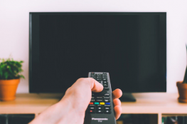 هل يتجسس عليك التلفزيون الذكي الخاص بك ؟