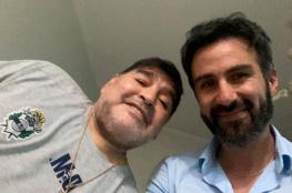 طبيب مارادونا يدافع عن نفسه بعد فتح تحقيق ينسب إليه القتل غير المتعمد