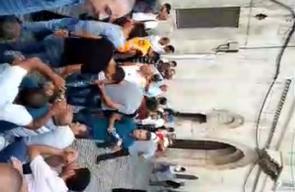 #شاهد #مباشر توافد المرابطين نحو باب الاسباط في القدس، واستمرار رفض الدخول للأقصى على البوابات الإلكترونية . #اغضب_للأقصى #إلا_الأقصى  #البوابات_لا