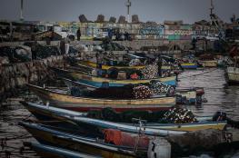 زوارق الاحتلال تلاحق مراكب صيد في بحر شمال القطاع