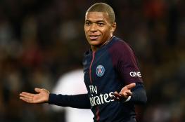 ماذا أهدى لاعبو باريس سان جيرمان مبابي؟