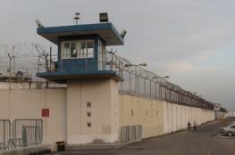 إعلام الأسرى: إدارة السجون تفتتح أقسام جديدة للعزل في ظل ارتفاع إصابات كورونا