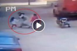 لحظة هروب فتاة من خاطفها في صعيد مصر