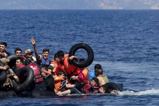 إنقاذ عشرات اللاجئين قبالة قبرص وفقدان العشرات قبالة ليبيا