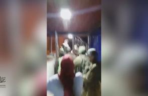 #شاهد لحظه اعتقال جنود الاحتلال الأسير المحرر وليد خضر صلاح من بلدة الخضر في بيت لحم